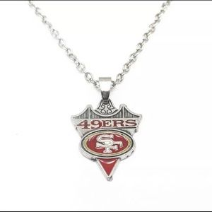 """San Francisco 49ers necklace with 18"""" chain"""
